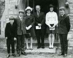 Uncle Matey, Uncle Graham, Gran, Granddad, Auntie Karen and Dad